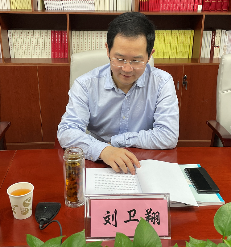 嘉宾:市扶贫协作和合作交流办主任刘卫翔